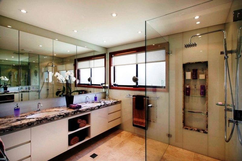 Es bathrooms and kitchens 28 images homes by hendriks for R f bathrooms and kitchens